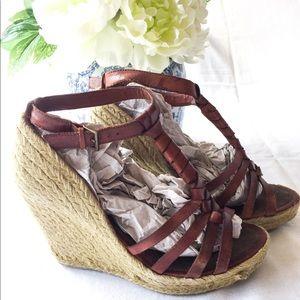 Sam Edelman Brown Leather Wedge Sandals! Size 9.5